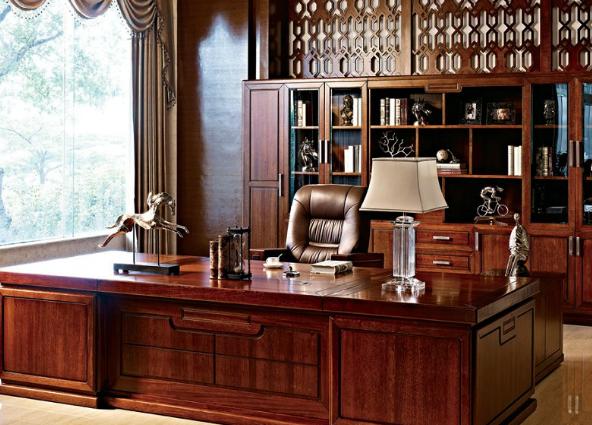 选择实木办公家具不能单单看家具的材料
